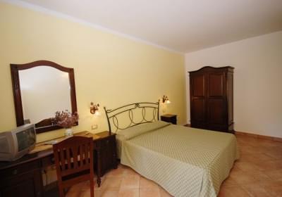 Hotel Trigrana Rooms